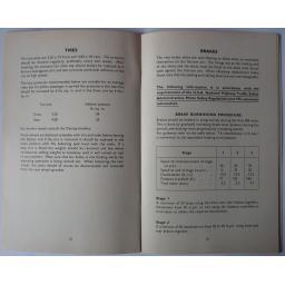Triumph Owners Handbook 1973 T100R 04.jpg