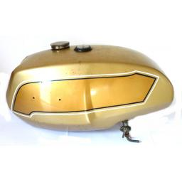 Petrol Tank - Triumph T140 UK Gold and Gold 01.jpg