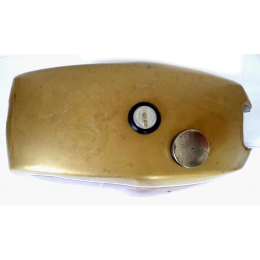 Petrol Tank - Triumph T140 UK Gold and Gold 03.jpg