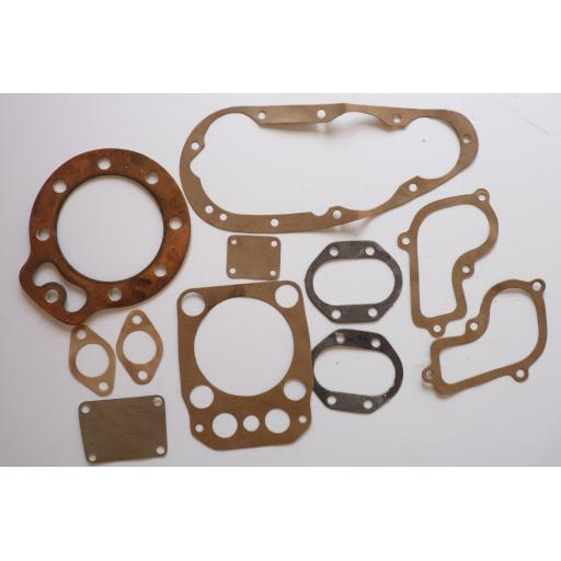 BSA Gold Star Gasket Set Contents SN 1142 02.jpg