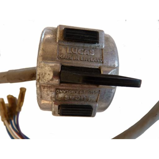169SA Horn and Dip Switch with Lucar Connectors 02.jpg