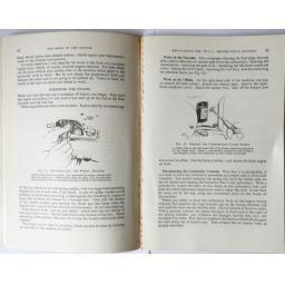 The Book of the Suzuki - John Thorpe 03.jpg