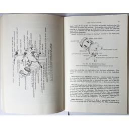 The Book of the Suzuki - John Thorpe 04.jpg